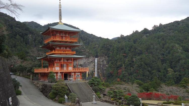 五重塔と那智の滝